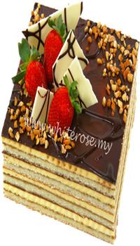 WRT02 - OPERA CAKE