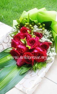 WRR16-Valentine's ( Red Roses)