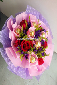 WBB15-Honey Love(Ferrero Rocher & Red Rose Bouquet)